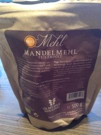 Mandelmehl enthält pro 100 Gramm nur 7,2 Gramm Kohlenhydrate