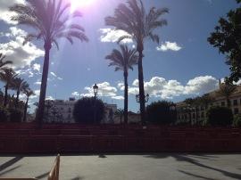 Nach ein paar Regenschauern am Vormittag schien ab Nachmittag wieder die Sonne über Jerez