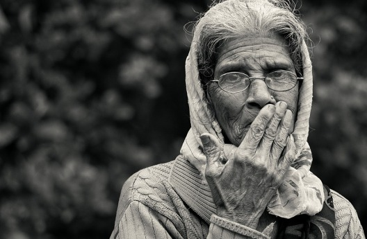 old-lady-2724163_960_720