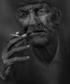 smoker-798992_960_720