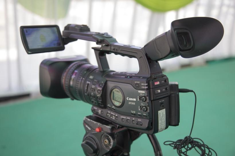 video-camera-1197571_960_720.jpg